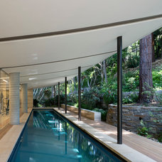 Contemporary Pool by Kirkpatrick Architects