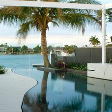 Modern Pool by 4blue
