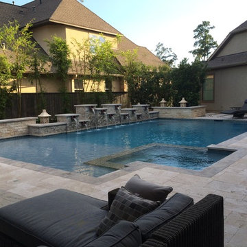 Multiple Fountains on Geometric Pool in The Woodlands