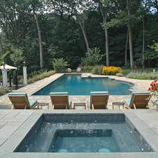 Traditional Pool by Haven Pools, Inc.