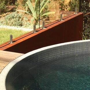 Modelo de piscina contemporánea redondeada