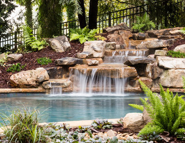 Natural Garden Pool and Spa