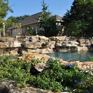 Trendy pool photo in Austin