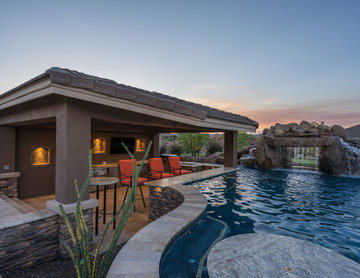 Natural Stone Freeform Pool + Perimeter Overflow Spa