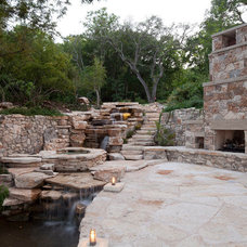 Traditional Landscape by Austin Water Designs