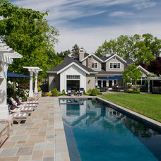 Traditional Pool by David Thorne Landscape Architect