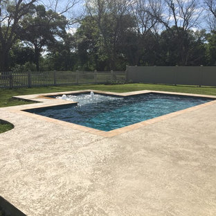 New Gunite Swimming Pool w/ Outside Tanning Ledge