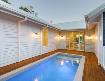New pool for a new house in Coolum Beach