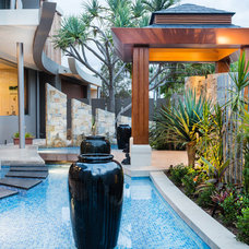 Tropical Pool by Paul Clout Design