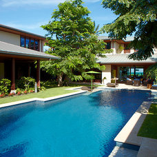 Tropical Pool by Gast Architects