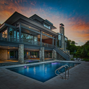 Oakbrook, IL Modern Swimming Pool and Hot Tub with Steppers