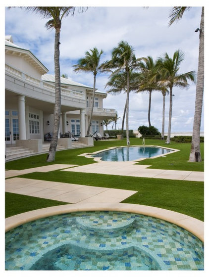 Tropical Pool by Blakely and Associates Landscape Architects, Inc.