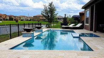 Orlando Modern pool with perimeter overflow spa
