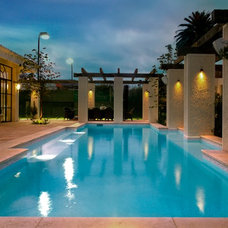 Mediterranean Pool by Aloha Pools Pty Ltd