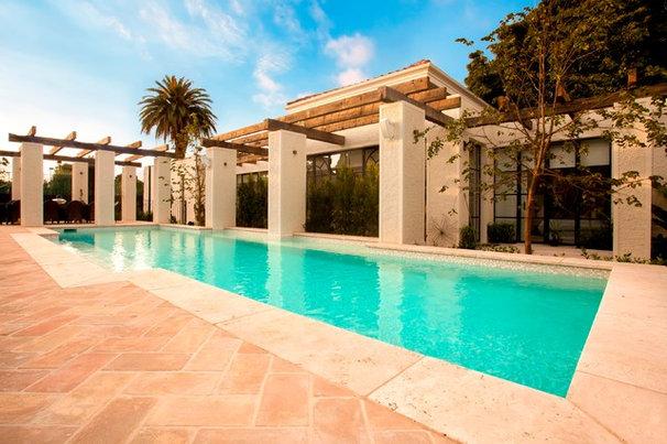 Mediterranean Pool by Aloha Pools Pty Ltd
