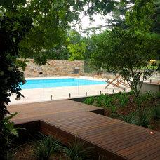 Mediterranean Pool by CALDESIGN