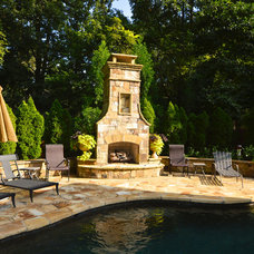 Traditional Pool by Outdoor Makeover