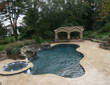 Outdoor Kitchen, Pool & Spa