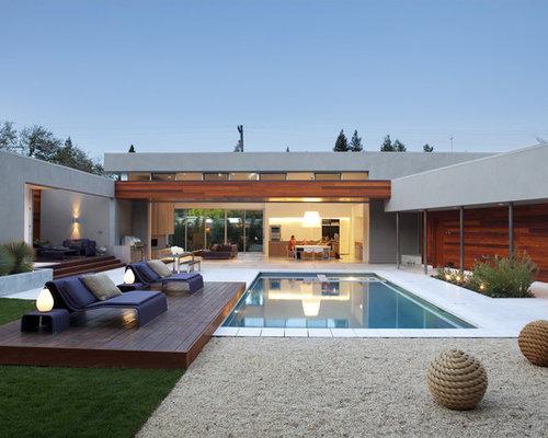 piscine moderne avec une cour photos et id es d co de piscines. Black Bedroom Furniture Sets. Home Design Ideas