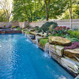 Ejemplo de piscina natural, tradicional, rectangular