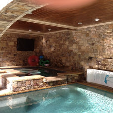 Traditional Pool by Dream Weaver Building & Remodeling