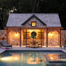 Traditional Pool by RR Builders, LLC