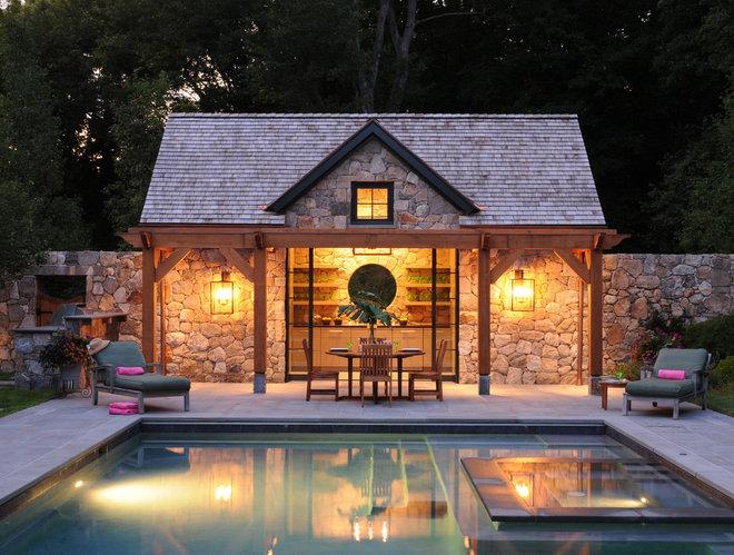 Traditional Pool by RR Builders, LLC