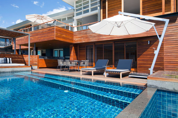 Contemporary Pool by justin long design