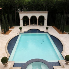 Mediterranean Pool by L. Lumpkins Architect, Inc.