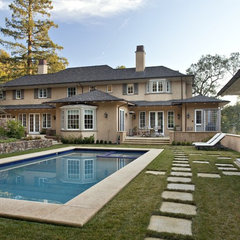 traditional pool by Matarozzi Pelsinger Builders