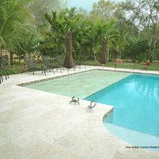 Tropical Pool by Stan Bulbin Custom Builders, Inc.