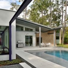 Contemporary Pool by RD Architecture, LLC