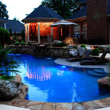 Eclectic Pool by FREEMAN & MAJOR ARCHITECTS