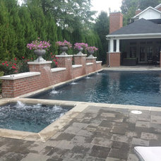 Traditional Pool by Klimat Master Pools