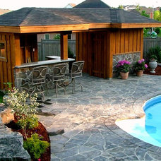 Traditional Pool by Heritage Stoneworks Ltd.