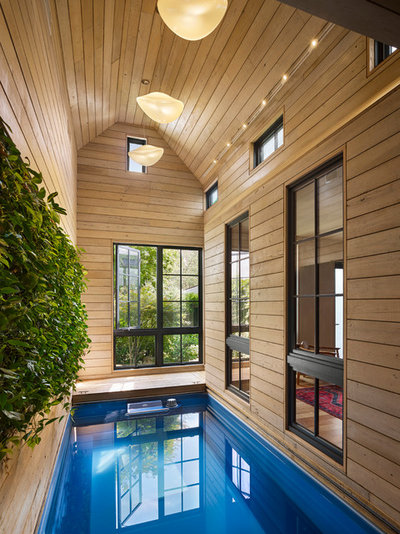 Contemporary Pool by Rasmussen / Su Architects