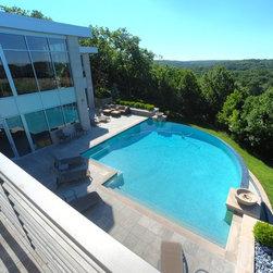 Kansas city infinity pool swimming pool design ideas for Pool design kansas city