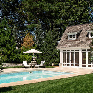 Diseño de casa de la piscina y piscina clásica rectangular