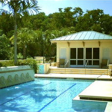 Contemporary Pool by Edward R. Valiente Architect