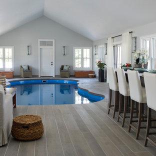 Idee per una piscina costiera personalizzata con pedane