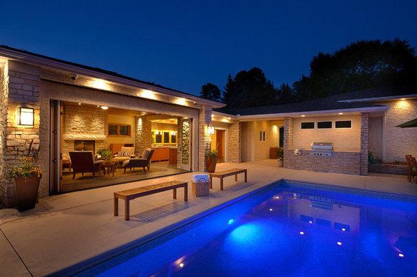 Contemporary Pool by McDonald Remodeling