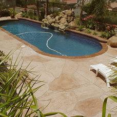 Traditional Pool by Granicrete Minnesota