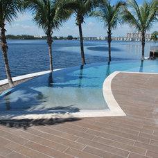 Tropical Pool by Regency Pool & Spa of Florida