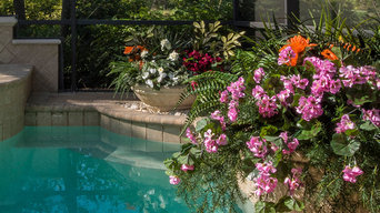 Pool Planter Makeover