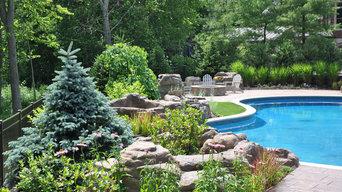 Pool Planting Around Artificial Rocks