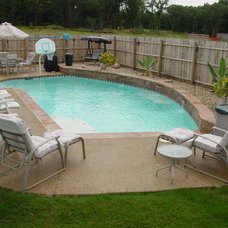 Traditional Pool by Seahorse Pools & Spas