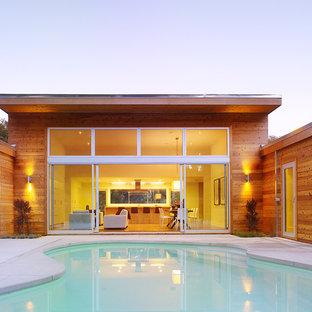 Pool side Retreat