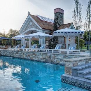 Modelo de piscina de estilo americano grande