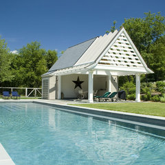 traditional pool by HP Rovinelli Architects