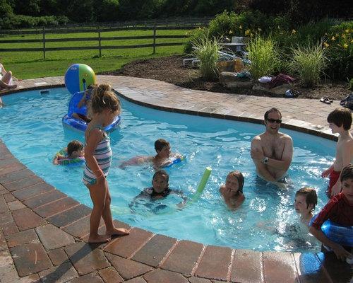 Modern Kidney Shaped Pool Design Ideas Renovations Photos